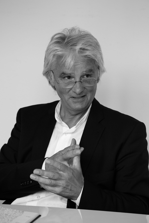 Portraitfoto_Christ_Joachim-Zimmermann-bw